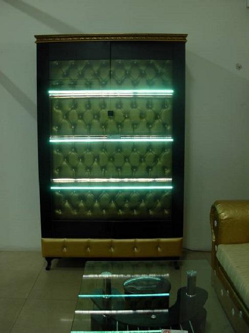 Витрина с LED осветление